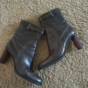 Incredible Cole Haan fashion booties